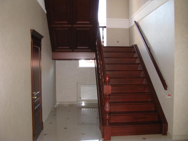 фото лестницы в коттедже